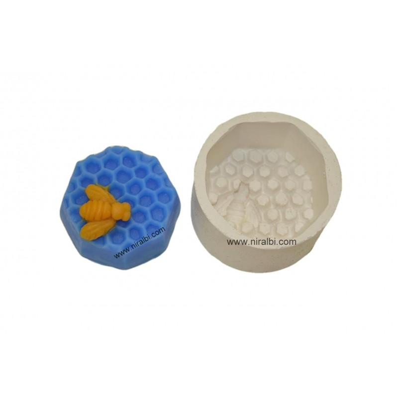 Honey Comb With Bee Rubber Soap Mould